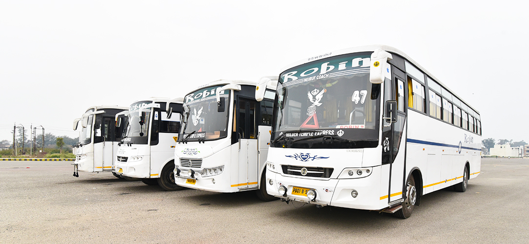 bus in amritsar, tourist bus in amritsar,  luxury bus in amritsar, tempo in amritsar, transportation in amritsar, best bus service in amritsar, best luxury bus in amritsar, best bust for tour in amritsar.